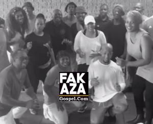 Soweto Gospel Choir – Mighty God
