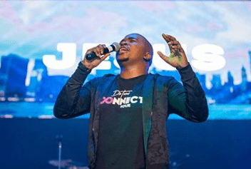 Dr. Tumi – I'm Loved by God